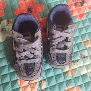 Nike Shoes - Baby Nike Shox size 3c sneakers kids tennis shoes